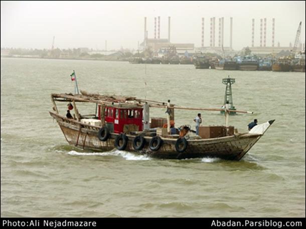نوشته های جلال و لنجی در خلیج فارس!